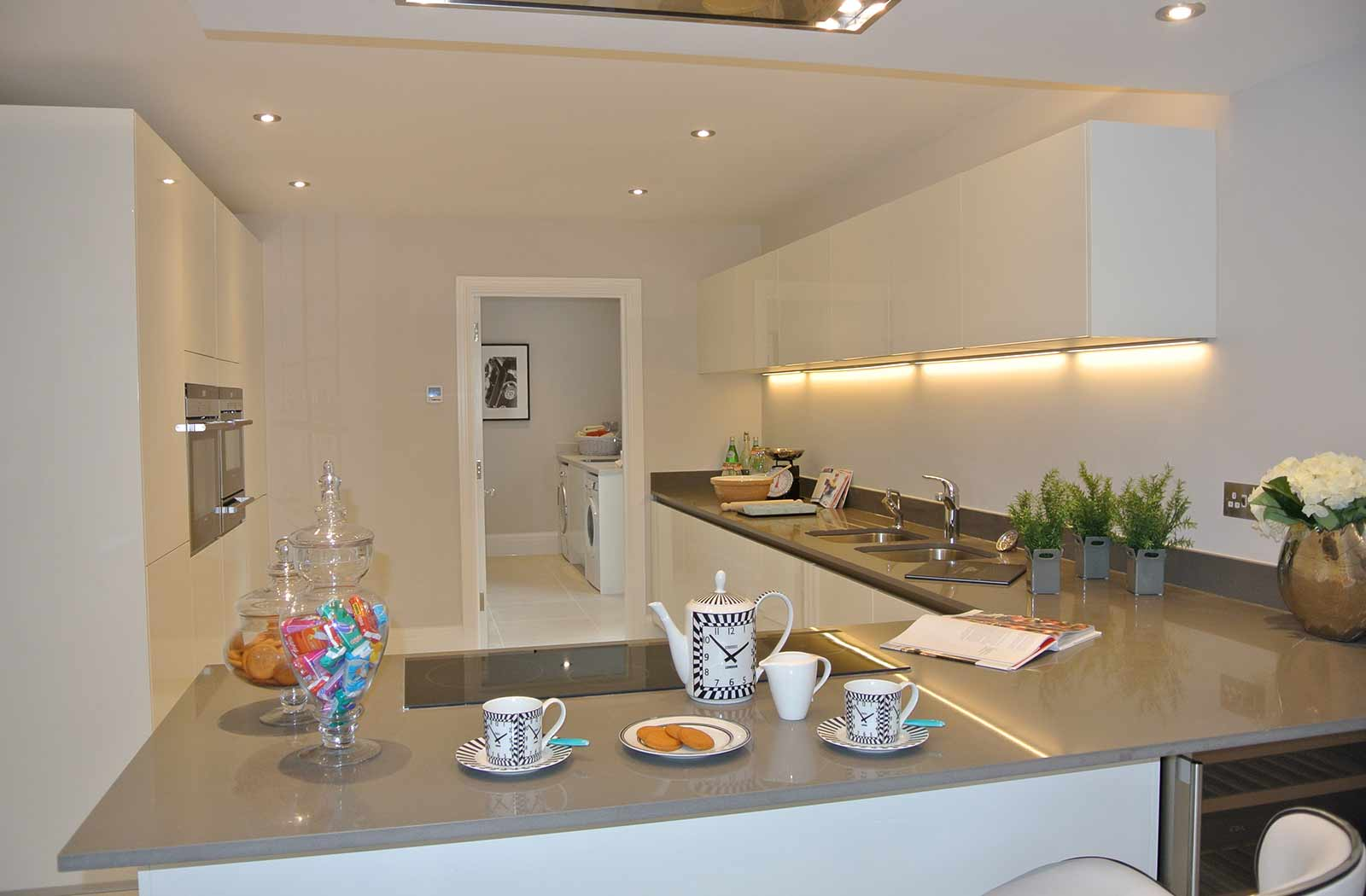 Development of four family homes hertfordshire cox co for Co interior