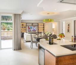 Development of five luxury apartments, Buckinghamshire